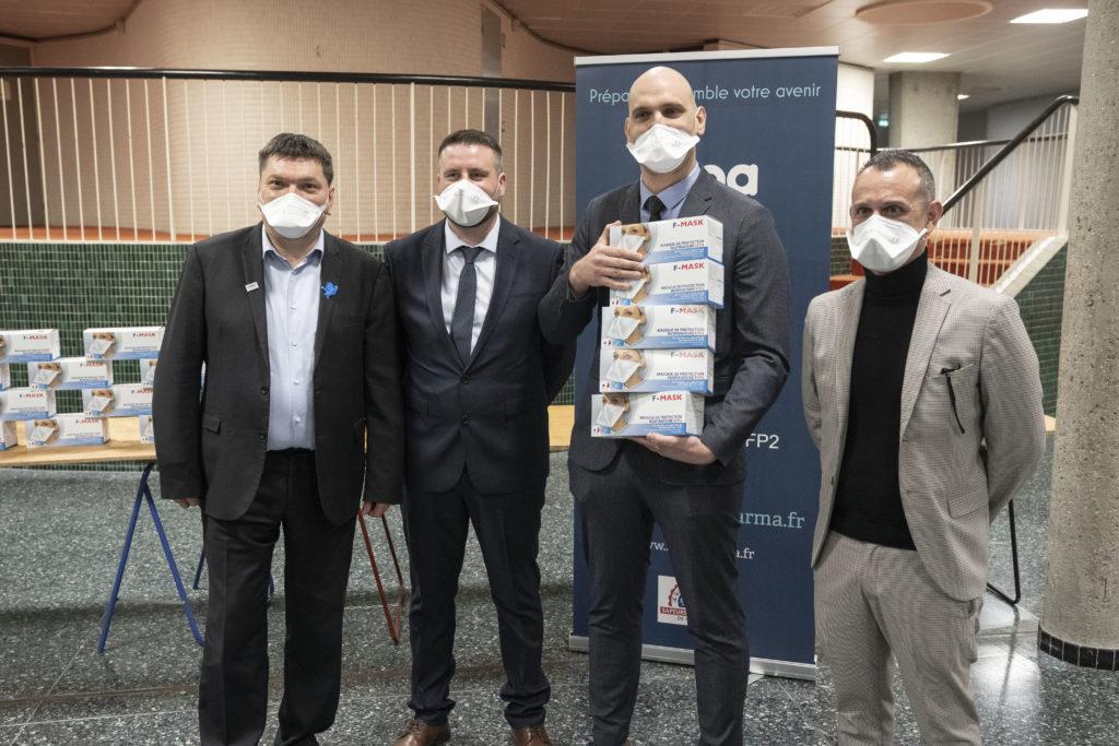 Une nouvelle entreprise arlésienne offre des masques à l'hôpital